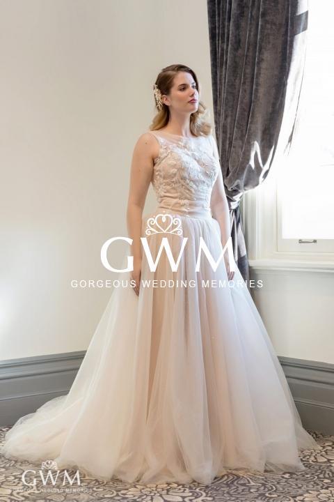 Golden Age 2019 - Aline tulle dress