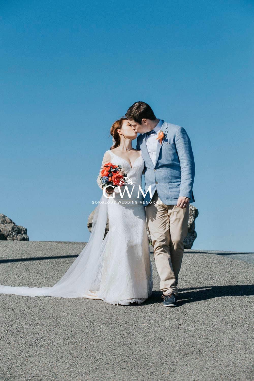 Small beach wedding – The elopement edition III