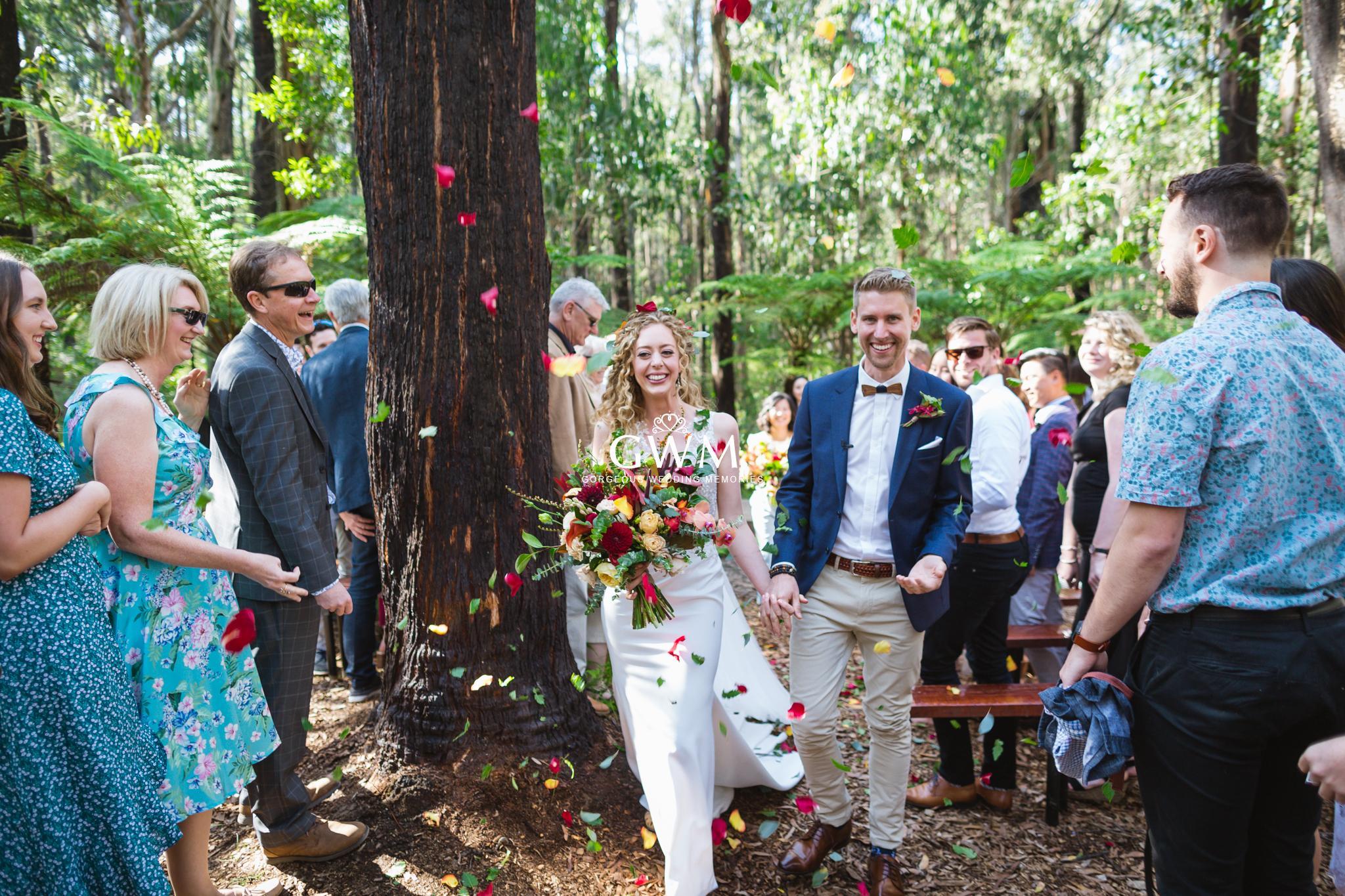 Eloping II – The backyard wedding